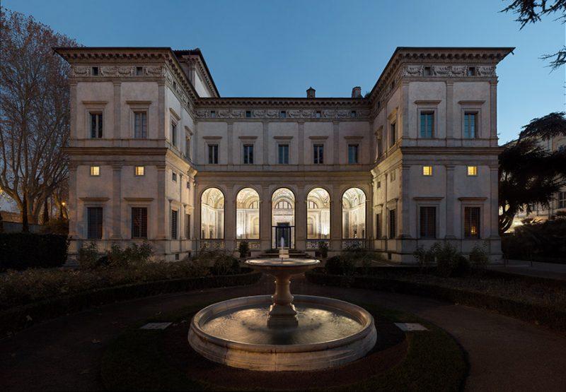 Villa Farnesina, esterno
