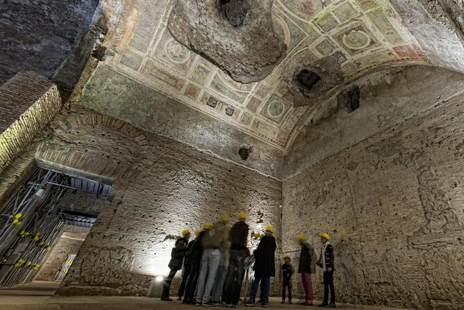 Interni della Domus Aurea